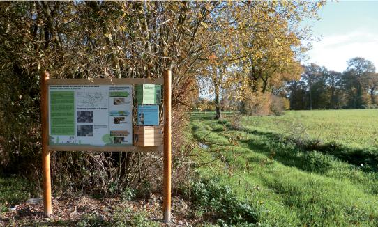 Biotope Noyalais et panneau d'information